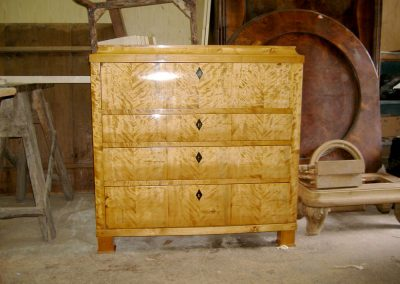 Chest-of-drawers-restoration