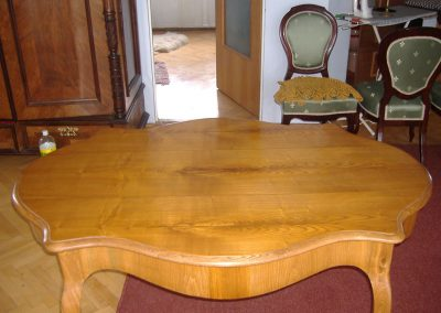 Fine-antique-furniture-restoration