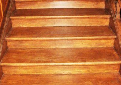 Wooden-stair-case-restoration