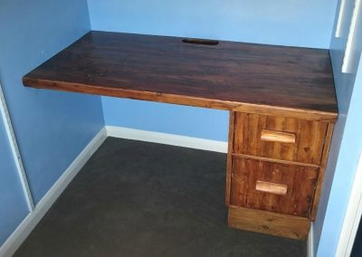 reclaimed-pine-ecological-computer-desk