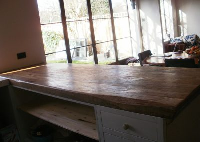 upcycled-oak-table-top-back