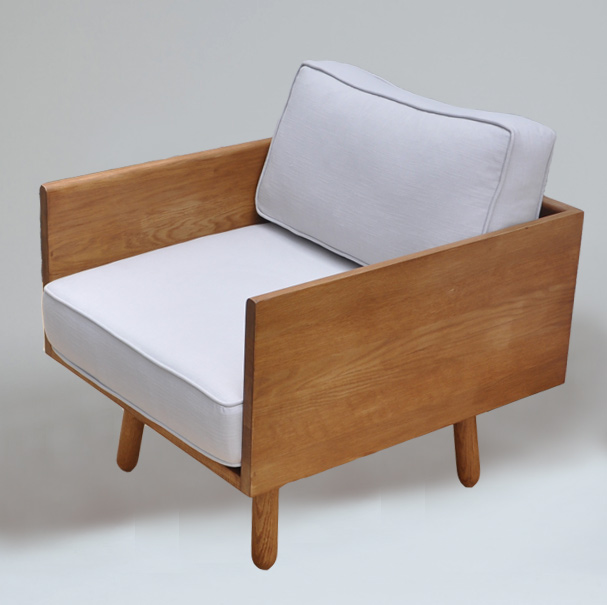 solid-oak-modern-look-armchair